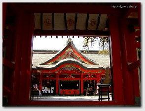 青島神社−御本殿正面