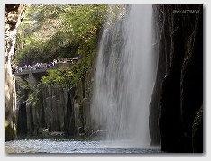 高千穂峡 真名井の滝 をボートより見る 03
